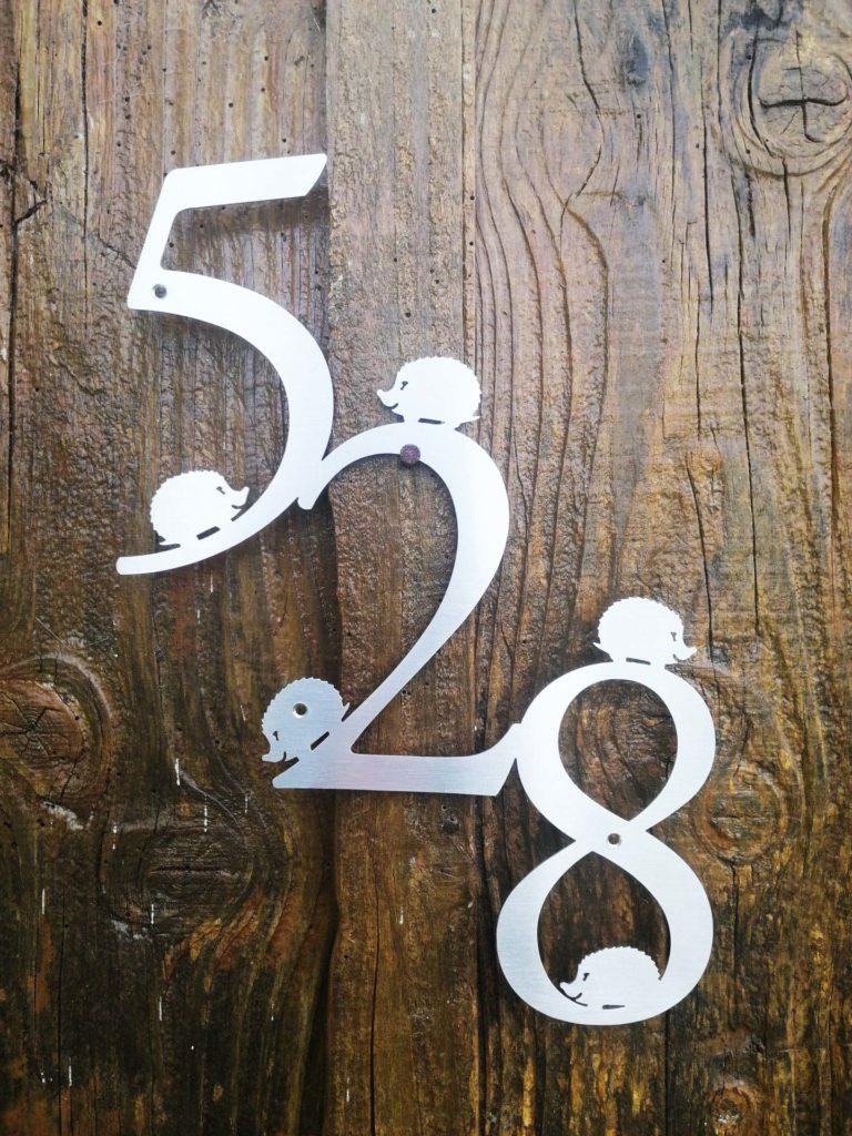 plaque numéro de maison hérisson